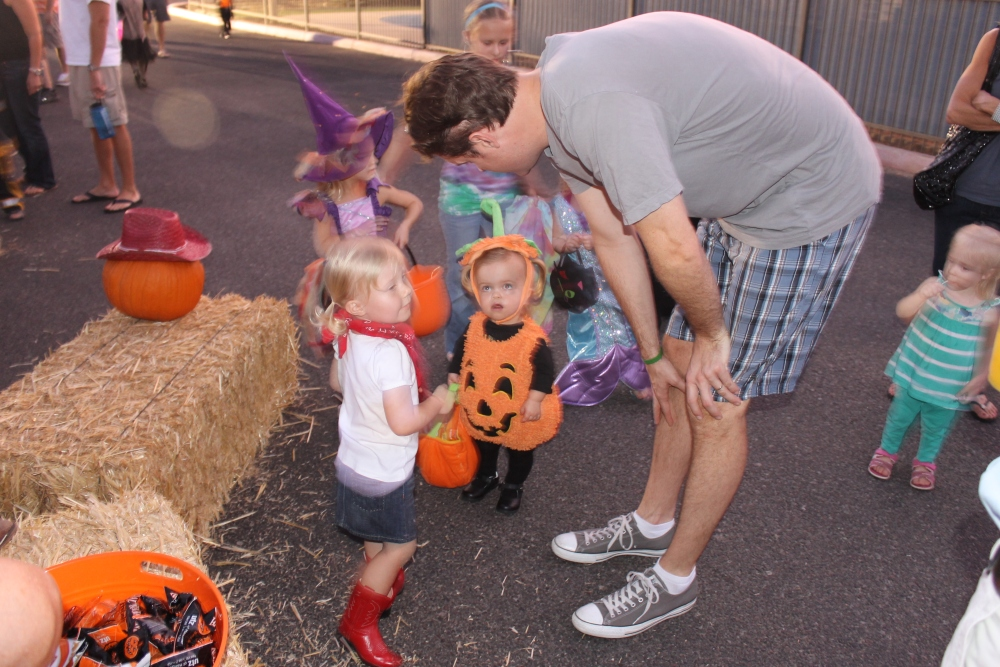 Trunk or Treat (6/6)